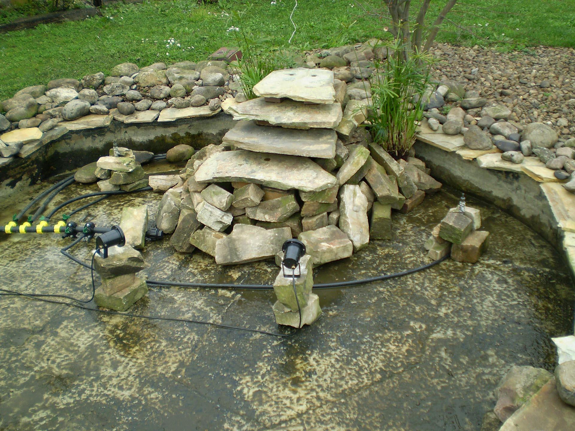 Creación y mantenimiento de estanques y fuentes