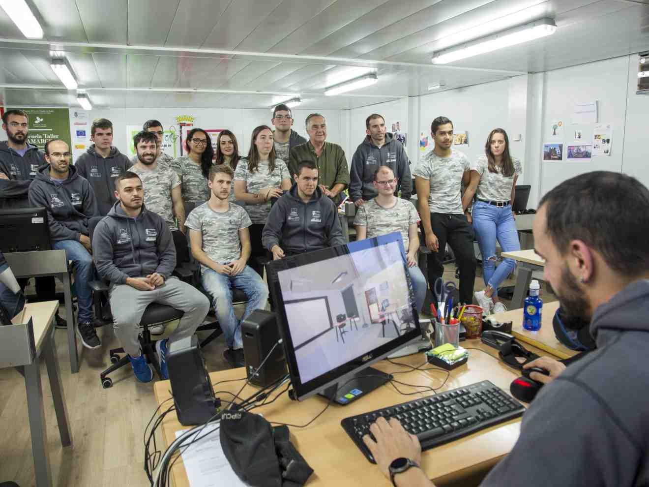 Alumnos de la Escuela Taller Camargo X se forman en la creación de entornos virtuales